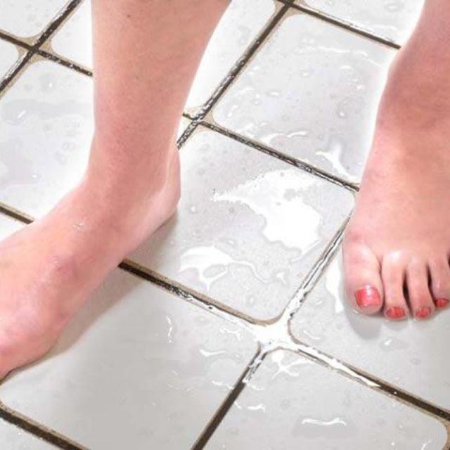 Antisliptape badkamervloer